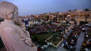 Des chrétiens prient à Erbil, la capitale du Kurdistan irakien, le 31 mai 2015.