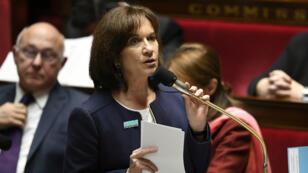 La ministre des Familles, de l'Enfance et des Droits des femmes, Laurence Rossignol, mardi 22 novembre 2016, à l'Assemblée nationale.