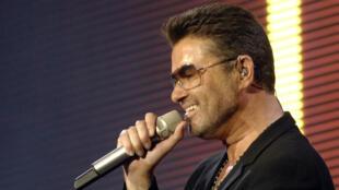 Le chanteur britannique George Michael est mort dimanche à son domicile, à l'âge de 53 ans.