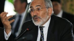 Carlos Mesa previously governed Bolivia between 2003 and 2005