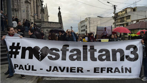 Pancarta periodistas secuestrados