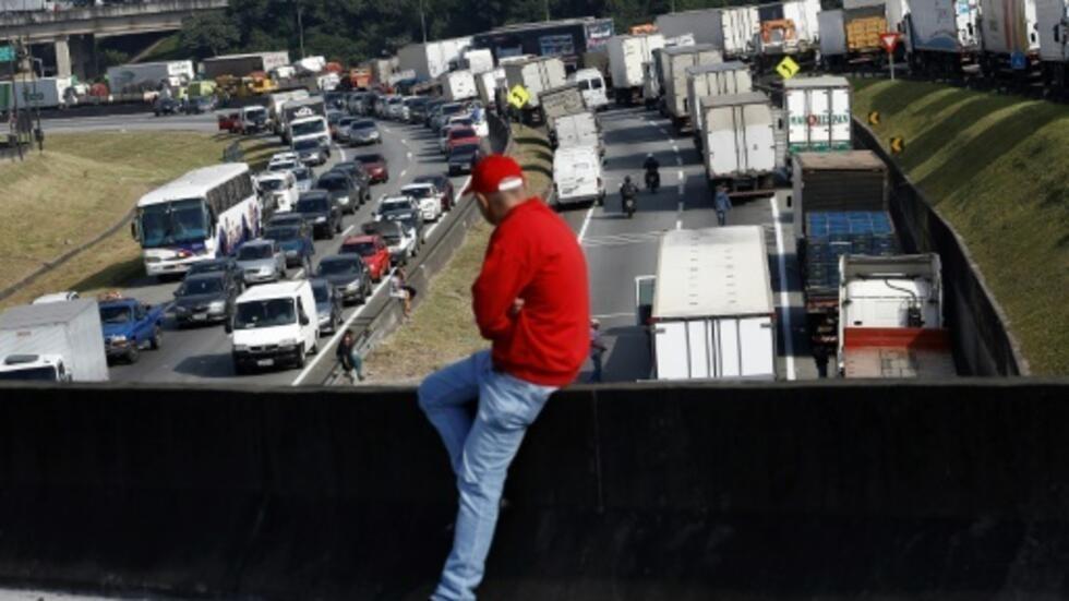 Services de rencontres de camionneur