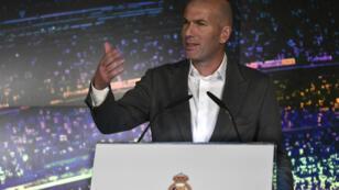 Zinedine Zidane lors de sa présentation officielle au Real Madrid, le 11 mars.
