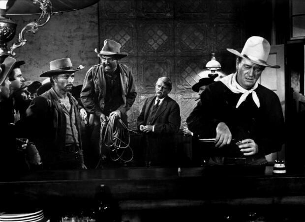 """John Wayne dans """"L'homme qui tua Liberty Valance"""" de John Ford, en 1962."""