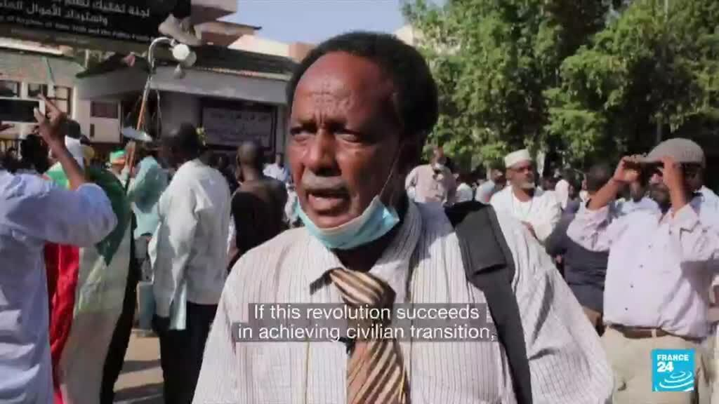 2021-10-01 08:09 Thousands in Sudan demonstrate in support of civilian rule