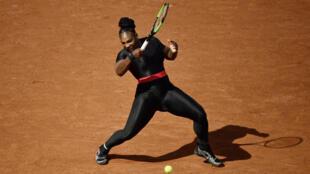 Serena Willams et la tenue décriée, lors du tournoi de Roland-Garros en 2018.