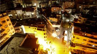 La ville de Gaza le 4 novembre 2018, davantage éclairée depuis que le Qatar livre du fioul dans l'enclave palestinienne.