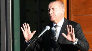 Le président turc Recep Tayyip Erdogan lors d'un discours prononcé à l'occasion de l'inauguration d'une mosquée à Cologne, le 29 septembre 2018.