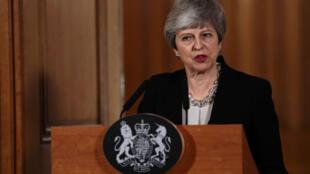 رئيسة الوزراء البريطانية تيريزا ماي تدلي بتصريح في مقر رئاسة الحكومة 2 أبريل/نيسان 2019
