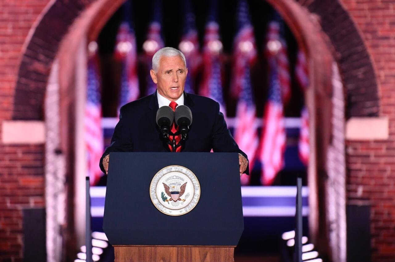 El vicepresidente de Estados Unidos, Mike Pence, en la tercera noche de la Convención Nacional Republicana, en Fort McHenry en Baltimore, Maryland, el 26 de agosto de 2020.