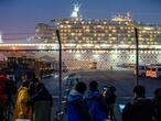 US passengers evacuated from quarantined cruise ship off Japan