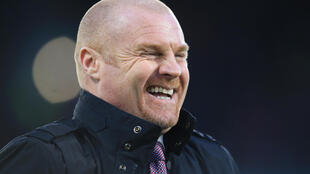 Burnley manager Sean Dyche wants a Premier League return if it can be controlled safely