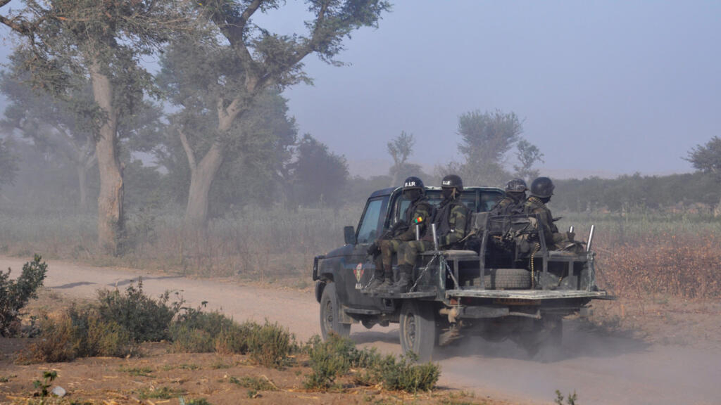 Boko Haram attack kills several soldiers in Cameroon, regional governor says thumbnail
