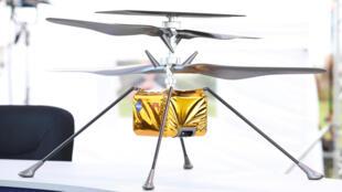 Recreación del pequeño helicóptero Ingenuity de la NASA, que viaja a bordo de la misión Mars 2020, que debe aterrizar el 18 de febrero en el planeta rojo