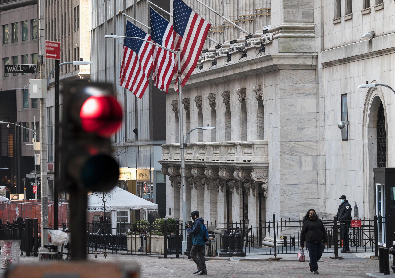 El New York Stock Exchange (NYSE) en  Wall Street (New York) el 23 de marzo de 2021