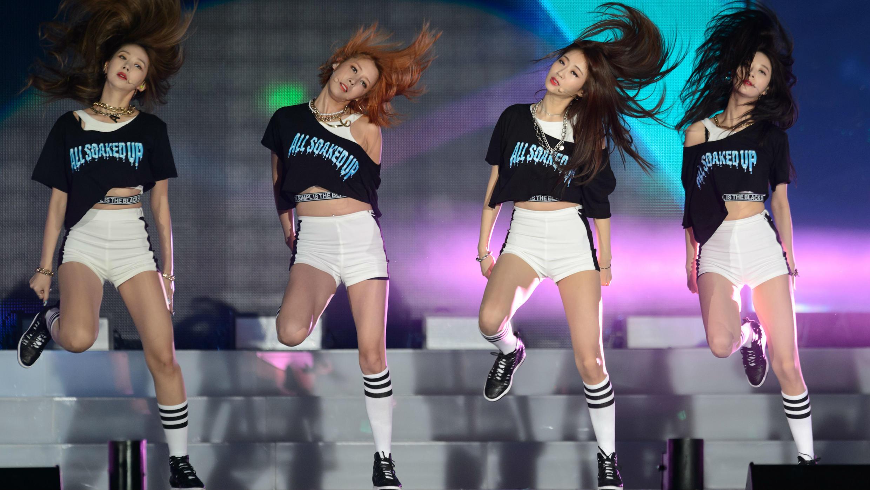 El grupo surcoreano K-pop Nine Muses se presenta durante un concierto gratuito de K-Pop en Seúl. El 4 de agosto de 2015