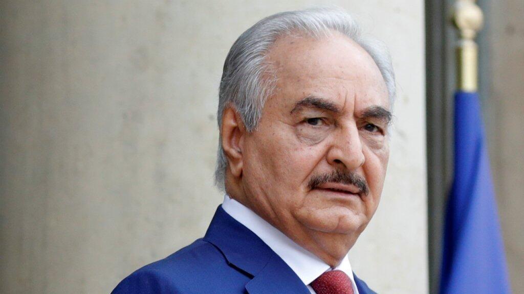 Libye : le maréchal Haftar annonce la levée sous conditions du blocus pétrolier