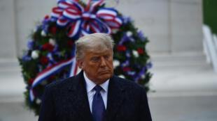 دونالد ترامب في المقبرة الوطنية في أرلينغتون في 11 تشرين الثاني/نوفمبر 2020