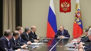 2020-01-20T114521Z_493656610_RC2NJE9GNV12_RTRMADP_3_RUSSIA-PUTIN