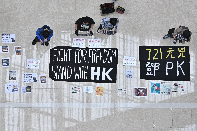 Las manifestaciones 'flashmob' han resurgido en Hong Kong.