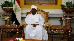 الرئيس السوداني عمر البشير خلال لقاء في الخرطوم في 11 آذار/مارس