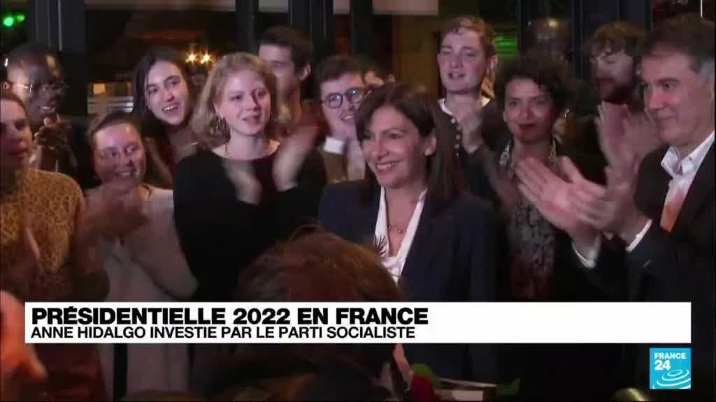2021-10-15 08:14 France : Anne Hidalgo est investie par le Parti Socialiste pour l'élection présidentielle de 2022