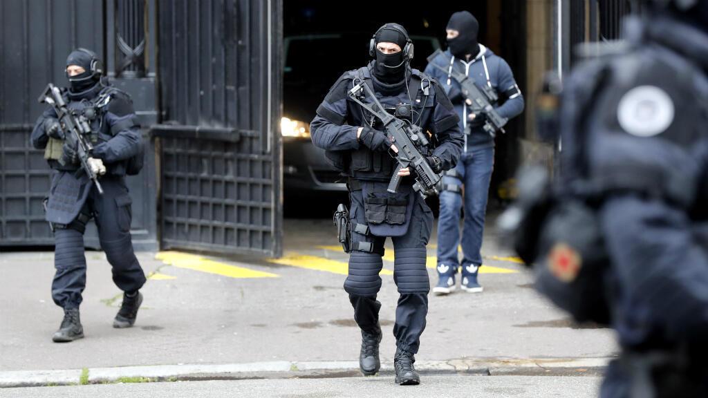 Mehdi Nemmouche est arrivé peu avant 10h sous escorte du GIGN au palais de justice de Paris.