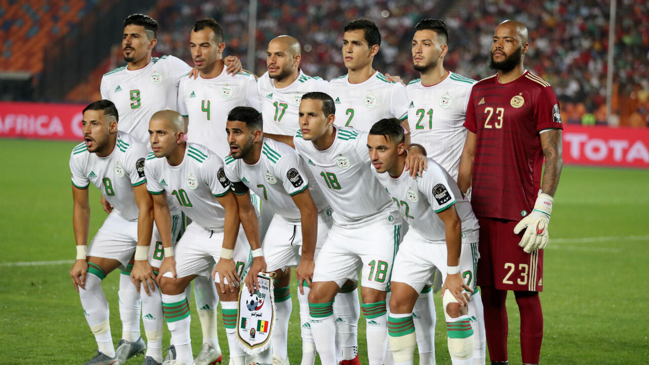L'équipe d'Algérie avant la finale de la CAN contre le Sénégal, le 19 juillet 2019 au Caire.