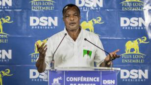 Denis Sassou-Nguesso, dans la nuit du mercredi 23 au jeudi 24 mars 2016, donne une conférence de presse après la proclamation des résultats de l'élection présidentielle congolaise.
