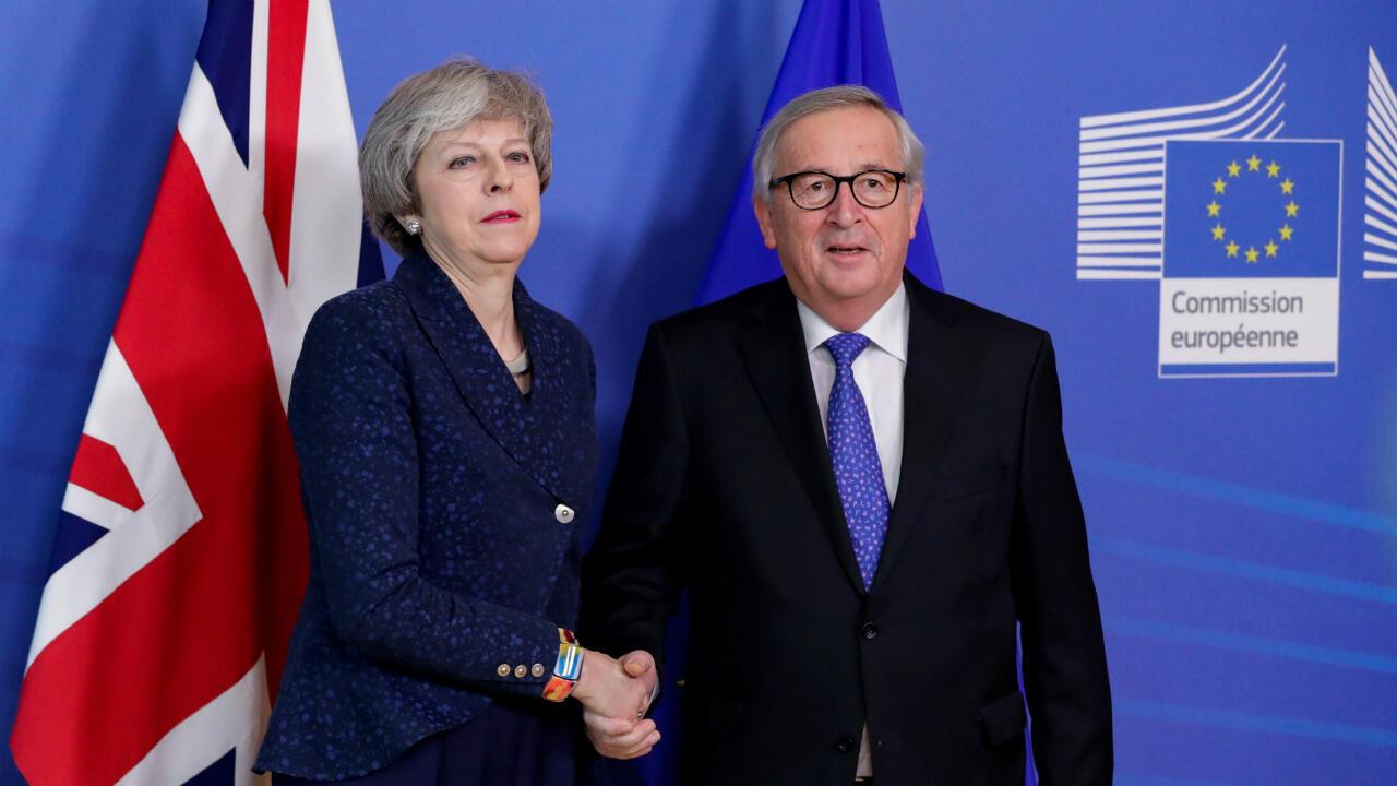 Theresa May y Jean-Claude Juncker se reúnen en Bruselas para iniciar otra ronda de conversaciones sobre el Brexit