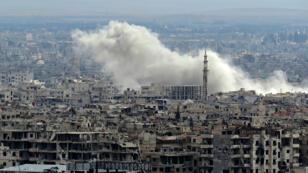 Un bombardement vise la Ghouta orientale, en Syrie, le 27 février 2018.