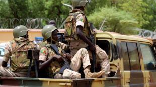 فرقة من الجيش المالي