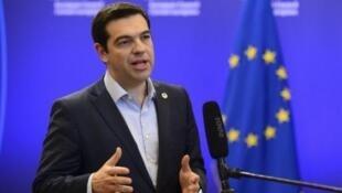 - أليكسيس تسيبراس رئيس الحكومة اليونانية