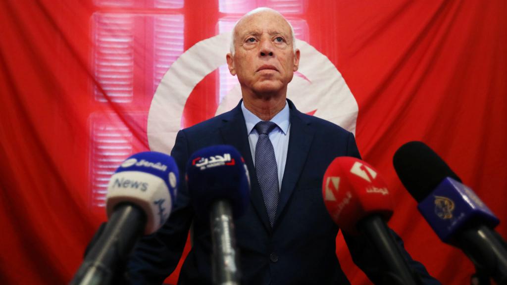 El catedrático Kaïs Saïed se impuso en la primera vuelta de las elecciones presidenciales de Túnez.