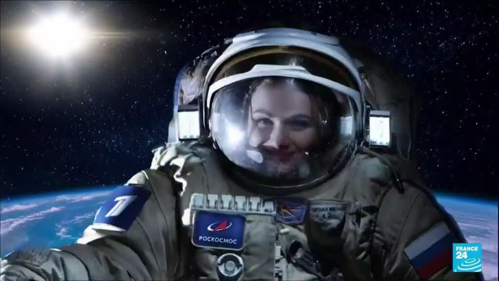 2021-10-06 09:12 Une équipe russe arrive à l'ISS pour tourner le premier film en orbite