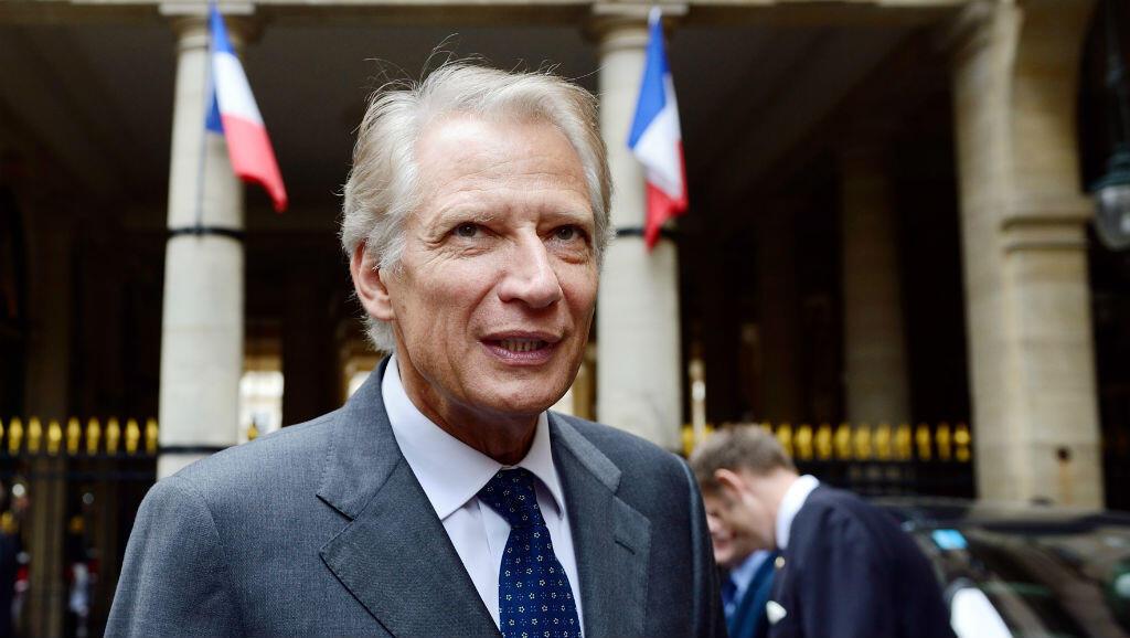 L'ancien Premier ministre français Dominique de Villepin a annoncé jeudi 20 avril qu'il soutenait le candidat à la présidentielle Emmanuel Macron.