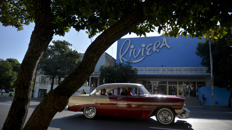 A La Havane, les vieux cinémas font de la résistance