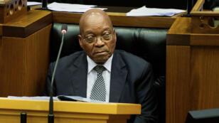 Le président sud-africain, Jacob Zuma, devant le Parlement, le 13 septembre 2016.