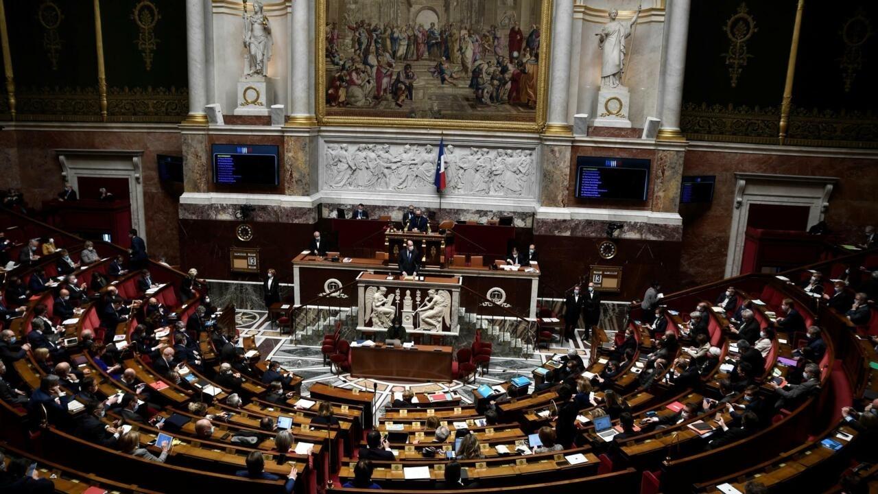 Le Premier ministre Jean Castex devant les députés à Paris, le 13 avril 2021.