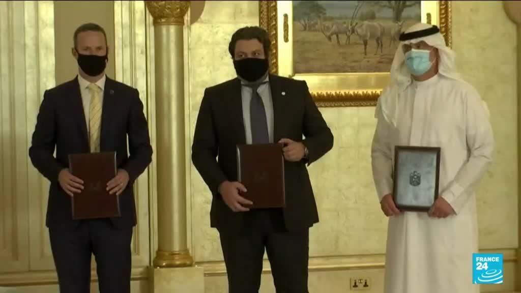 2021-06-29 22:36 Israel's Lapid begins 'historic' UAE trip