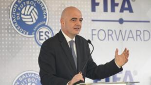 Le président de la Fifa Gianni Infantino à San Salvador, le 20 novembre 2019