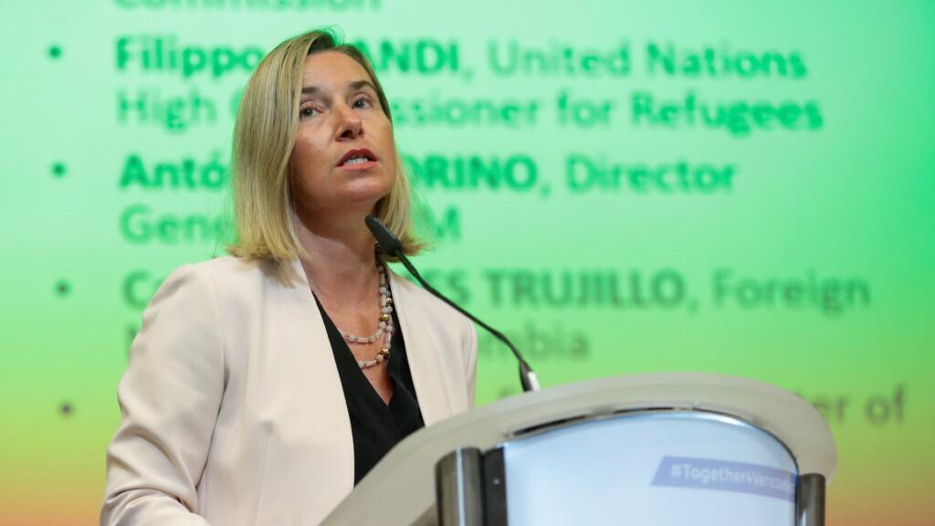 La jefa de política exterior de la Unión Europea, Federica Mogherini, durante el inicio de la conferencia internacional de solidaridad sobre la crisis de refugiados y migrantes venezolanos en Bruselas, Bélgica, el 28 de octubre de 2019.