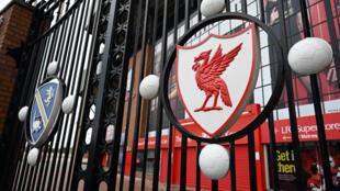 Le stade Anfield Road de Liverpool fermé en raison de la pandémie de coronavirus le 18 avril 2020.