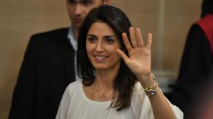 La populiste du Mouvement 5 Étoiles, Virginia Raggi, est devenue, dimanche 19 juin 2016, la première femme maire de Rome.