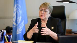 La expresidenta de Chile, Michelle Bachelet, da declaraciones en su oficina en el Palacio Wilson en su primer día de trabajo como Alta Comisionada de los Derechos Humanos de la ONU en Ginebra, Suiza.