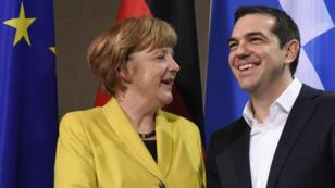C'était avant la crise grecque et le référendum : le courant semblait passer entre Angela Merkel et Alexis Tsipras en mars 2015, à Berlin.