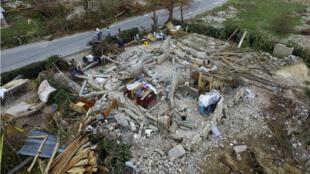 Au moins 75 personnes sont toujours portées disparues en Haïti après le passage de l'ouragan Matthew, le 10 octobre 2016.