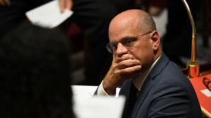 Jean-Michel Blanquer a annoncé, dimanche 16 septembre, la suppression de 1 800 postes en 2019 dans l'Éducation nationale.