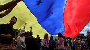 معارضون للرئيس الفنزويلي نيكولاس مادورو في 30 يناير/كانون الثاني 2019