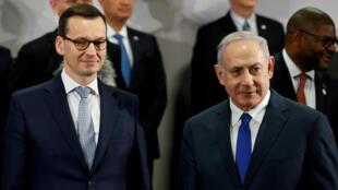 El primer ministro de Polonia, Mateusz Morawiecki, y su homólogo israelí, Benjamin Netanyahu, durante la cumbre de Medio Oriente en Varsovia, Polonia , el 14 de febrero de 2019.